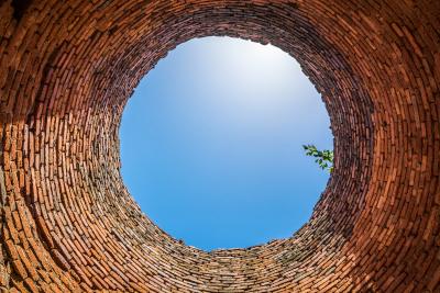 Vista desde fondo de pozo